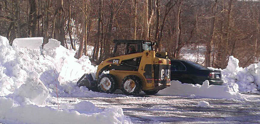 Our snow removal experts will keep your company open for business