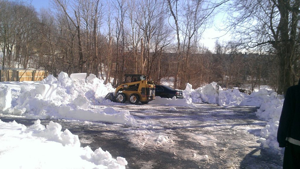 commercial snow removal office park Paradise Landscaping and Tree Removal